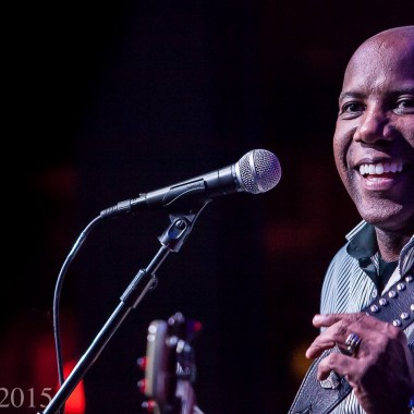 Nathan East to be honored at Bass Player Live